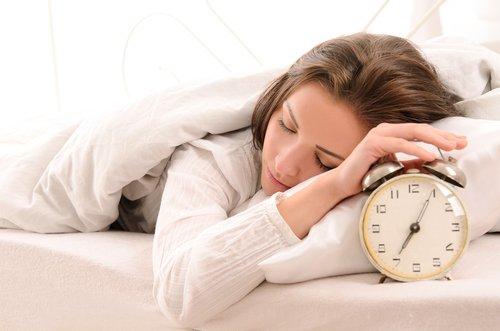 ¿Por qué es importante para la salud dormir 8 horas?